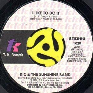 画像1: KC & THE SUNSHINE BAND / I LIKE TO DO IT b/w COME ON IN (45's) (1)